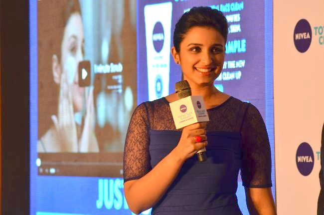 #Just5Mins with Nivea Total Face Cleanup